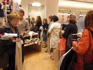 Japan fashion inParis-UNIQLO! ファッションの都パリにおける日本ファッション