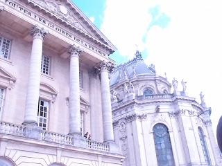 """ベルサイユの現代美術にみる""""賛否両論""""/Controversy at Versailles"""