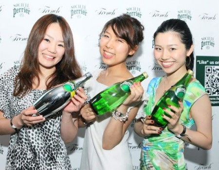 Fashion, Food Cultures Can Change on the RIGHT timing. Thoughts from Perrier campaign ファッションも食べものも、文化の違いはあれど、変わる時は一気に変わる! ペリエキャンペーンにて