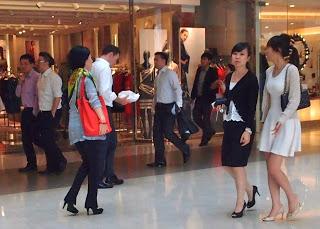 洗練&強い?香港女性像とファッション Sophisticated Hong Kong Women and their fashion