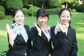 安倍首相のご夫人昭恵さんの昼食会に参加します。Will meet the first lady at her luncheon!