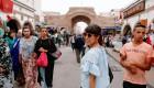 """ピンクの髪のモロッコ人女性-美味モロッコ料理を食べながら、""""彼女がこの国に残るワケ""""を聞いた"""
