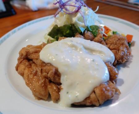 宮崎フード! チキン南蛮・炭火焼・生乳さっぱりソフトを堪能 Greatest foods in Miyazaki